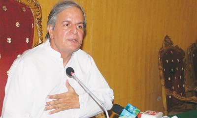 جاوید ہاشمی نےعمران خان پرجمہوریت کا تختہ الٹنےاورجوڈیشل مارشل لاکی سازش کا الزام لگا دیا