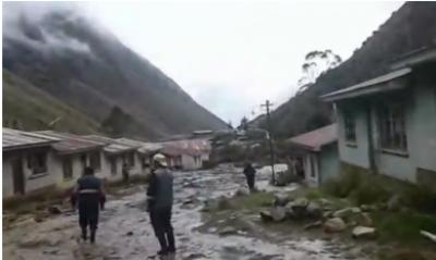 بولیویا میں شدید بارشوں کے بعد سیلاب آ گیا