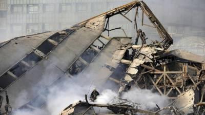 ایران کے دارالحکومت تہران میں پلازہ آگ لگنے سے زمین بوس ہوگیا، جس کے نتیجے میں فائربریگیڈ کے تیس اہلکار جاں بحق