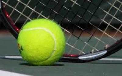امریکی ٹینس سٹٓار وینس ولیمز نے آسٹریلین اوپن ٹینس کے کوارٹر فائنل میں روسی حریف کو شکست دیکر سیمی فائنل میں رسائی حاصل کرلی