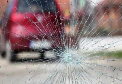 ڈیرہ اسماعیل خان: کار حادثہ میں2 خواتین سمیت ایک خاندان کے 6 افراد جاں بحق