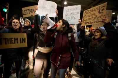 نیویارک کی عدالت نے مسلمان تارکین وطن کی ملک بدری کا عمل روکنے کا فیصلہ دے دیا
