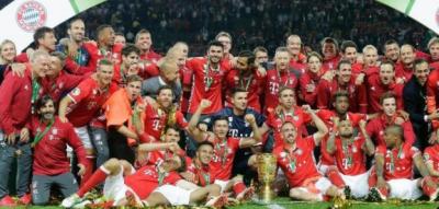 جرمن فٹ بال لیگ میں بائرن میونخ کی ٹیم نے ملسسل تیرویں کامیابی حاصل کرکے ریکارڈ قائم کردیا