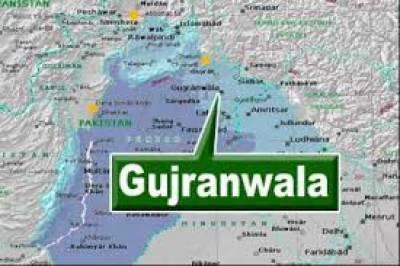 گوجرانوالہ میں خستہ حال مکان کی چھت گرنے سے ملبے تلے دب کر باپ اپنے چار بچوں سمیت جاں بحق ہو گیا