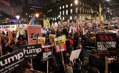 امریکی صدر کیخلاف امریکا سمیت دنیا میں احتجاج کا سلسلہ جاری ہے،،ملائیشیا،، جنوبی کوریا اور اٹلی میں عوام بھی ٹرمپ کے خلاف سڑکوں پر