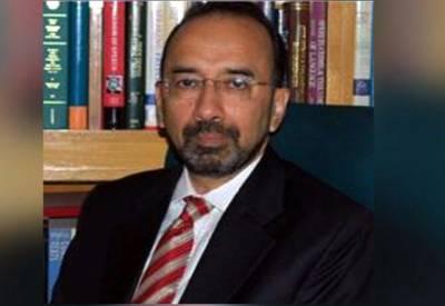 سانحہ کوئٹہ ازخود نوٹس کیس: وزرات داخلہ کے وکیل مخدوم علی خان نے کیس سے دستبردار ہونے کا اعلان کردیا۔