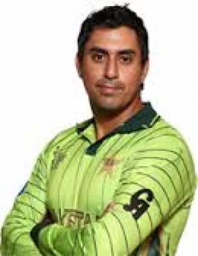 پاکستان کرکٹ بورڈ نے خالد لطیف اورشرجیل خان کے بعد قومی کرکٹر ناصر جمشید کو بھی معطل کر دیا