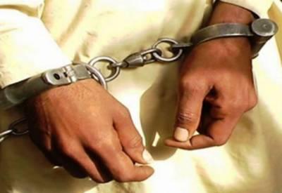 لاہور: اسلامپورہ میں پولیس کی کارروائی،23 وارداتوں میں مطلوب ڈکیٹ گینگ گرفتار۔