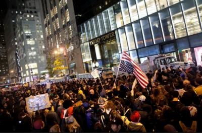 امریکی صدر ٹرمپ کے خلاف مظاہروں کا سلسلہ جاری....
