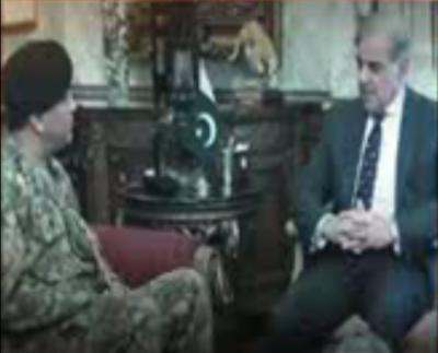 وزیراعلیٰ پنجاب محمد شہباز شریف کی کورکمانڈر لاہورلیفٹیننٹ جنرل صادق علی سے ملاقات ۔۔۔۔۔