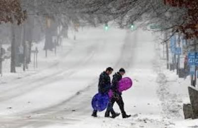 بالائی علاقوں میں شدید برفباری نے نظام زندگی منجم