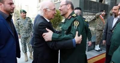 مشیر خارجہ سرتاج عزیز سے ایرانی وزیردفاع حسین دہقان کی ملاقات