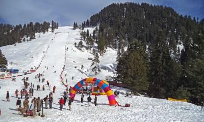 پاکستان میں امن و امان کی صورتحال بہتر ہونے کے ساتھ سیاحت اور کھیلوں کی سرگرمیوں کو فروغ مل رہا ہے