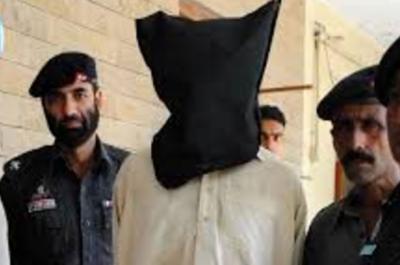 غیر قانونی طور پر بلوچستان سے پنجاب داخل ھونے والا افغان باشندہ گرفتار....