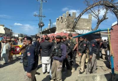 خیبر پختونخواحکومت کا دہشتگردوں کاحملہ ناکام بنانے والی پولیس ٹیم کیلئے50 لاکھ روپےانعام کا فیصلہ