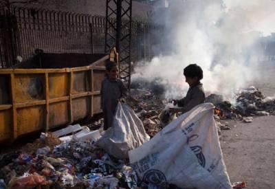 ماحول کی آلودگی کی وجہ سے ہر سال 17 لاکھ بچے موت کے منہ میں چلے جاتے ہیں۔ عالمی ادارہ صحت