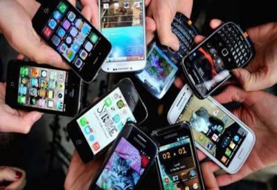 سیل فون کا بکثرت استعمال خطرناک ہے۔ امریکی تحقیق