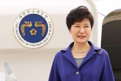 جنوبی کوریا کی عدالت نے کرپشن کے الزامات پر صدر پارک گین ہائی کو عہدے سے فارغ کردیا
