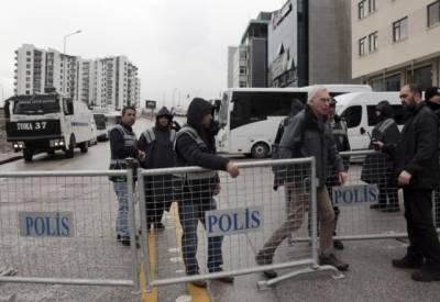 ترکی نے نیدر لینڈز پر سیاسی پابندیاں عائد کردیں۔
