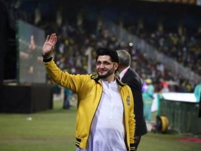 جاوید آفریدی کا نوجوان کھلاڑیوں کو امارات ٹی 20ٹورنامنٹ میں موقع دینے کا اعلان