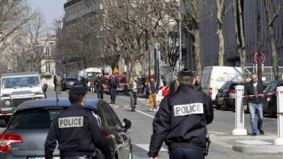 فرانس میں ایک ہی روز دہشت گردی کے دو واقعات
