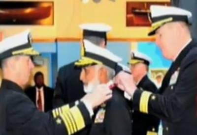 امریکی چیف آف نیول آپریشنز نے پاک بحریہ کے سربراہ کو یوایس لیجن آف میرٹ کے اعزازسے نوازا ۔