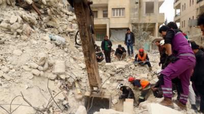 اتحادی فوج نےشام میں تباہی کی داستانیں رقم کردیں، حلب مٹی کےڈھیر میں بدل گیا مسجد پرفضائی حملےمیں بیالیس نمازی شہید ہو گئے