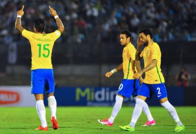 فیفا ورلڈ کپ دو ہزار اٹھارہ کے کوالیفائر میچ میں برازیل نے یوراگوئے کو ایک کے مقابلے میں4 گول سے شکست دے دی