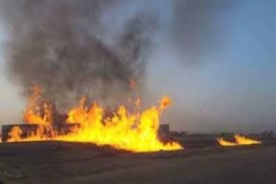 کراچی کے علاقے لانڈھی ایکپسورٹ پروسیسنگ زون میں کپٹرے کی فیکٹری میں آتشزدگی سے لاکھوں روپے مالیت کا سامان جل گیا