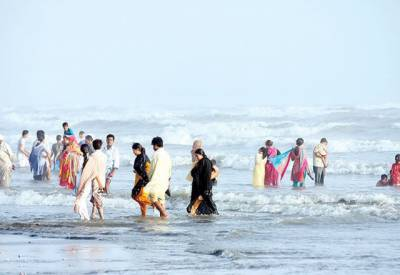 کراچی میں ہیٹ ویو کا خدشہ، محکمہ موسمیات میں ارلی وارننگ سسٹم تشکیل دے دیا گیا۔