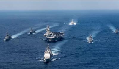 امریکہ نےجنگی کارروائی کرنے والے اپنے بحری بیڑے کو شمالی کوریا کی جانب روانہ کر دیا