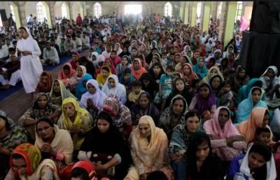پاکستان سمیت دنیا بھر میں مسیحی برادری مذہبی جوش و خروش کے ساتھ ایسٹر کا تہوار منا رہی ہے