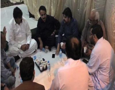 کراچی میں پاک سرزمین پارٹی کا احتجاجی دھرنا آج گیارہویں روز میں داخل ہوگیا ہے