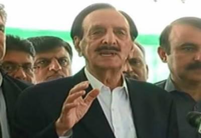 سپریم کورٹ نے آرٹیکل 184 کے تحت واضح کردیا کہ وزیر اعظم کوعہدے سے نہیں ہٹایا جاسکتا۔ راجہ ظفر الحق