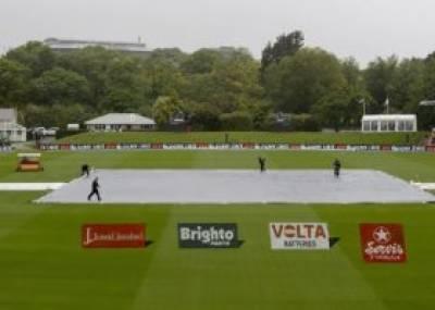 پہلے ٹیسٹ کے دوسرے دن کا کھیل بارش کی نظر