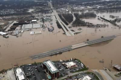 امریکی ریاست میسوری میں تباہ کن بارشوں سے سیلابی صورتحال پیدا ہوگئی