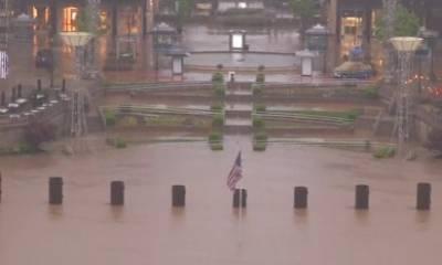 امریکی ریاست ٹیکساس اور میسوری میں طوفانی بارشوں اور سیلاب نے ہر طرف تباہی مچا دی