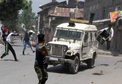 مقبوضہ جموں و کشمیر: شٹر ڈاؤن ہڑتال، حالات تاحال کشیدہ، انٹرنیٹ اور موبائل فون سروسز مکمل بند۔