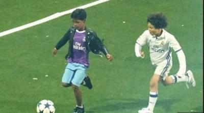 دنیا کے معروف فٹبالرز کرسٹیانو رونالڈو کے بیٹے کی ویڈیو سوشل میڈیا پر وائرل ہوگئی