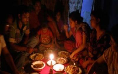 کراچی میں سحری کے وقت مختلف علاقوں کی بجلی غائب