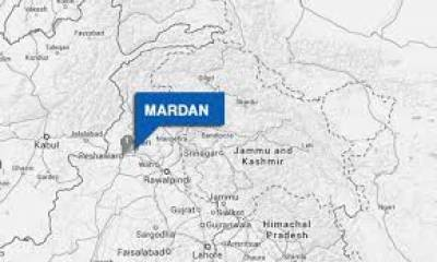 مردان میں مسافر وین اور ٹرک میں تصادم کے نتیجے میں5 افراد جاں بحق جبک11 زخمی