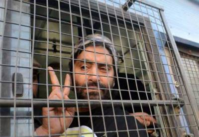 بھارتی سیکیورٹی فورسز نے حریت رہنما یاسین ملک کو گرفتار کرلیا۔