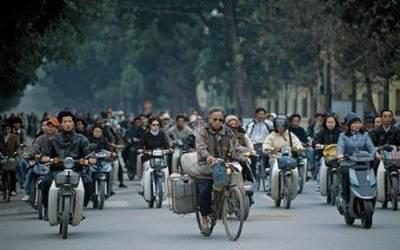 ویتنام کے دارالحکومت ہنوئی میں 2030 تک موٹرسا ئیکل چلانے پرپابندی لگادی گئی ہے