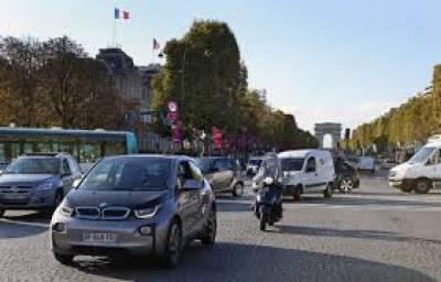 فرانس نے ملک میں 2040 تک پٹرول اور ڈیزل گاڑیوں پر پابندی لگانے کا منصوبہ پش کر دیا ہے