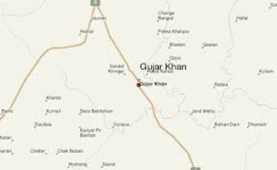 گوجرخان میں مسلم لیگ ن کے چیئرمین مرزا عنایت اللہ کے گھر پر فائرنگ سے انکی بیٹی اور اہلیہ جاں بحق ہوگئیں