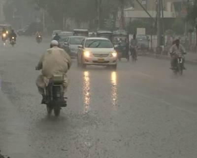 شہر قائد میں ہونے والی حالیہ مون سون کی بارشیں شہریوں کیلئے رحمت کے بجائے زحمت بن گئیں،