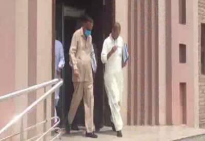 ریکارڈ ٹیمپرنگ کیس: ظفر حجازی احاطہ عدالت سے گرفتار کر لیا۔