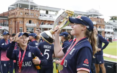 انگلینڈ نے بھارت کو ہرا کر چوتھا ویمن کرکٹ ورلڈ کپ جیت لیا