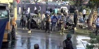 لاہور، فیروز پور روڈ پر ارفع کریم ٹاور کے قریب دھماکا ،25 افراد جاں بحق