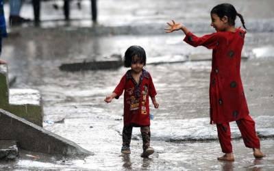 آج بارش کا زور ملک کے شمالی اور وسطی علاقوں میں رہے گا۔